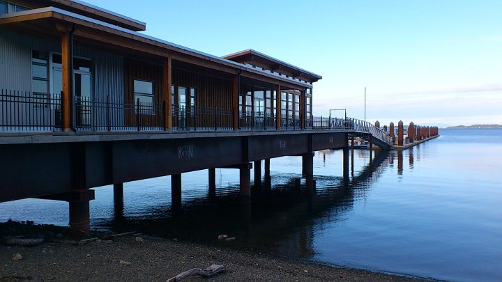 Bridgeman S Bistro Mill Bay Marina Commercial